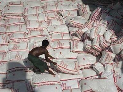 Thái Lan mở thầu bán 400.000 tấn gạo lưu kho