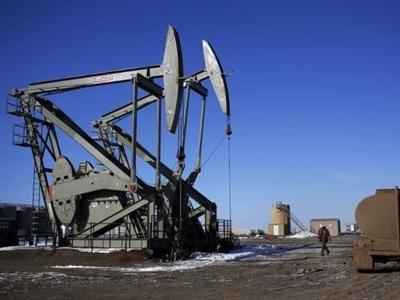 Giá dầu WTI phá đáy, xuống dưới 60 USD/thùng