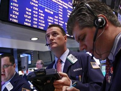 Chứng khoán Mỹ bật tăng sau báo cáo kinh tế