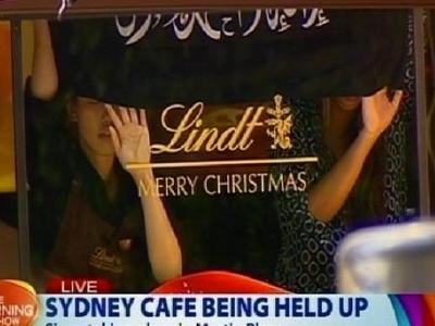 IS bắt hàng chục con tin trong quán cafe ở Sydney