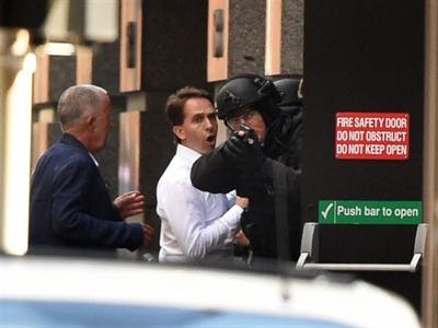 Toàn cảnh vụ bắt cóc con tin ở Sydney qua ảnh