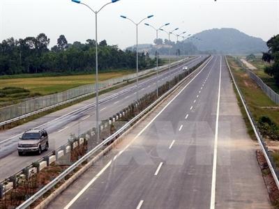 Đầu tư hơn 18.000 tỷ đồng xây tuyến cao tốc Nghi Sơn - Bãi Vọt