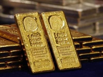 Giá vàng tăng nhẹ bất chấp giá dầu, USD hồi phục