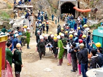 Vụ sập hầm thủy điện Đạ Dâng: 12 công nhân đã được đưa ra khỏi hầm