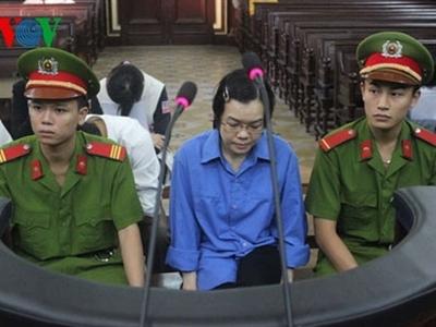 Mẹ Huyền Như vắng mặt khi tòa xét kháng cáo đòi biệt thự trị giá 43 tỷ