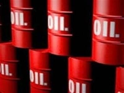 Khảo sát Bloomberg: Giá dầu năm 2015 dự đoán đạt 82 USD/thùng