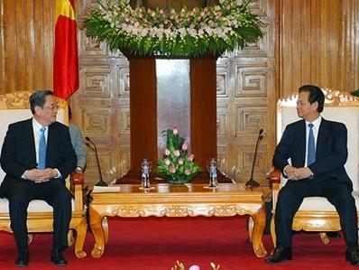 Thủ tướng Nguyễn Tấn Dũng tiếp Chủ tịch Chính Hiệp Trung ương Trung Quốc