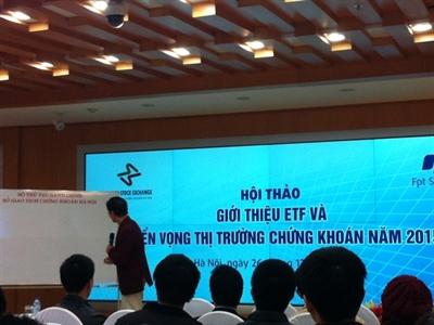 Tiến sỹ Lê Xuân Nghĩa: Kiến nghị không đánh thuế giá xăng dầu