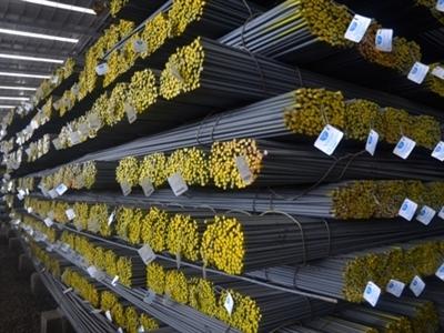 Hòa Phát lần đầu tiên cán mốc bán hàng 1 triệu tấn thép xây dựng