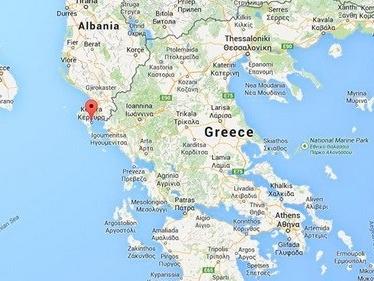 Tàu chở 700 người cầu cứu ngoài khơi Hy Lạp
