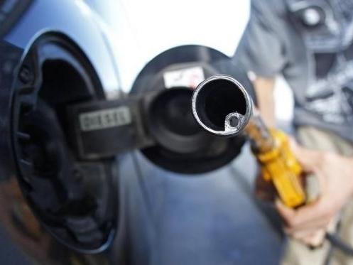 Iran: Arab Saudi không ngăn dầu mất giá là sai lầm chiến lược