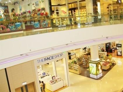 Giá thuê mặt bằng bán lẻ tại Hà Nội giảm mạnh