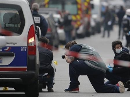 Nước Pháp liên tiếp bị tấn công