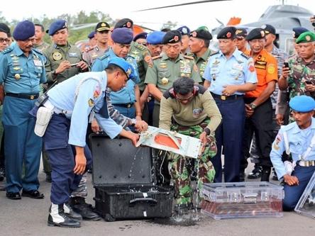 Lời cuối của phi công QZ8501 khiến điều tra viên 'sởn da gà'
