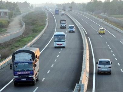 Nghiên cứu xây dựng đường nối cao tốc Nội Bài - Lào Cai đến Sa Pa