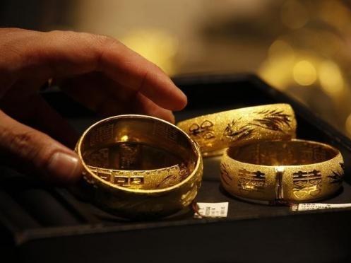 Nhu cầu vàng Trung Quốc bật tăng nhờ sức mua trước Tết âm lịch