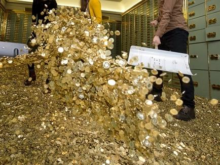 Dự trữ ngoại tệ của NHTW Thụy Sĩ giảm 12% sau khi bỏ trần tỷ giá