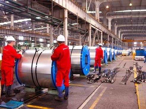 Sản xuất thép Trung Quốc chậm lại do nhu cầu nội địa giảm