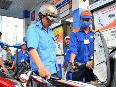 Bộ trưởng Bùi Quang Vinh lo ngại buôn lậu xăng dầu gia tăng