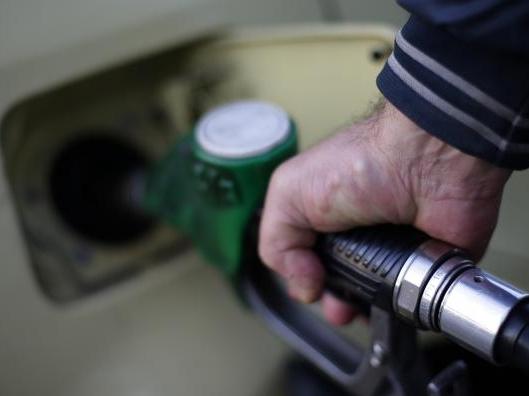 Giá dầu dưới 30 USD/thùng, suy thoái toàn cầu sẽ diễn ra