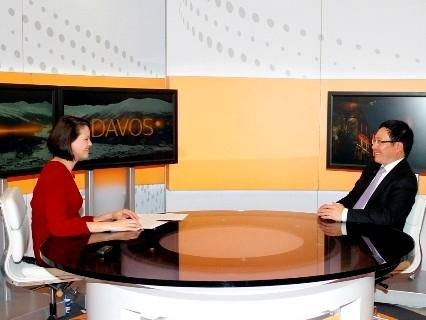 Phó Thủ tướng Phạm Bình Minh trả lời phỏng vấn Reuters