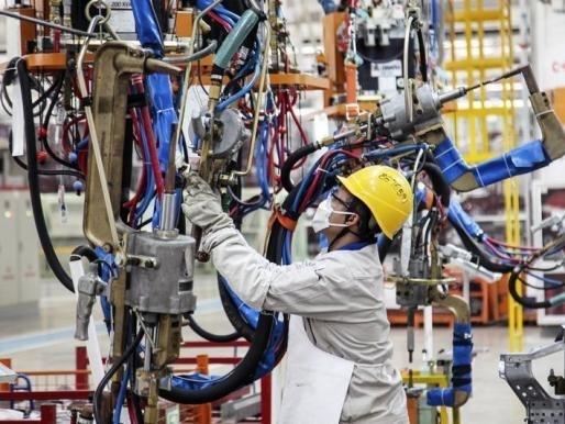 Lĩnh vực sản xuất Trung Quốc tiếp tục suy yếu trong tháng 1