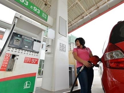 Nga, OPEC chạy đua giành thị phần dầu thô Trung Quốc