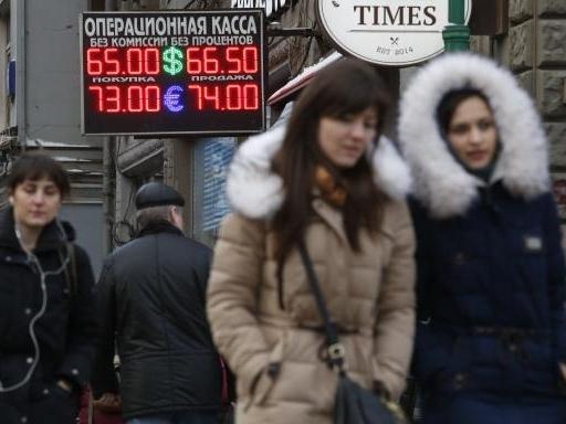 Nga tiếp tục bị hạ xếp hạng tín nhiệm