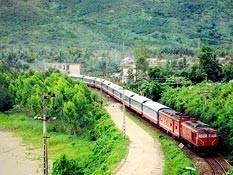 Xử lý vướng mắc GPMB dự án đường sắt Yên Viên - Lào Cai