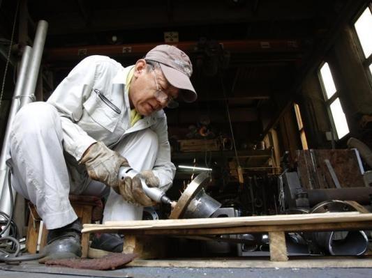 Bức tranh sản xuất trái chiều của Trung Quốc và Nhật Bản