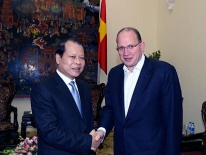 Phó Thủ tướng tiếp Chủ tịch kiêm Tổng Giám đốc AIA