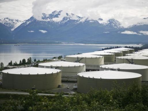 Tồn kho dầu Mỹ tăng 4 tuần liên tục