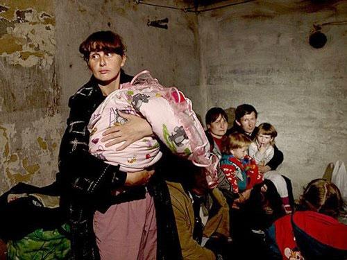 Ukraine chìm sâu vào khủng hoảng