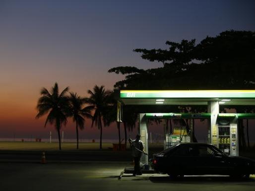 Giá dầu có thể sẽ lại lao dốc