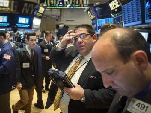 S&P 500 lên cao nhất hơn 1 tháng