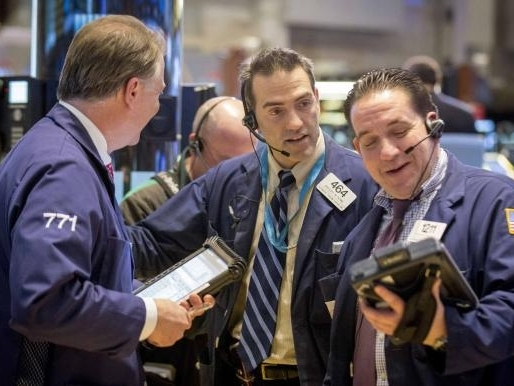 S&P 500 lập kỷ lục mới