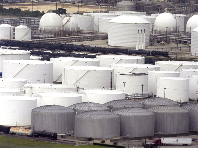 Dự trữ dầu thô của Mỹ tăng 7 tuần liên tiếp