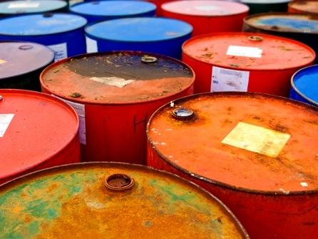 Khảo sát Reuters: Giá dầu đã chạm đáy
