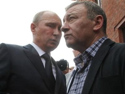Mỹ đóng băng 640 triệu USD của 3 tỷ phú Nga