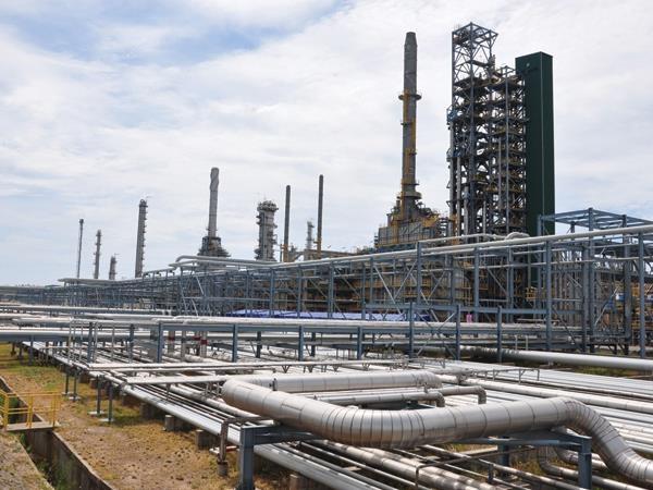 PVN lo bù hàng ngàn tỷ đồng cho Lọc dầu Dung Quất