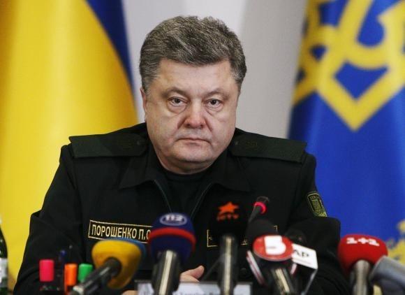 Tổng thống Ukraine công nhận ly khai đang rút khỏi miền đông