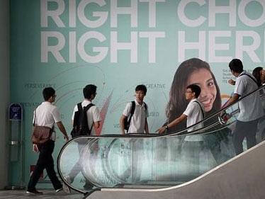 Lương công chức Singapore cao nhất thế giới