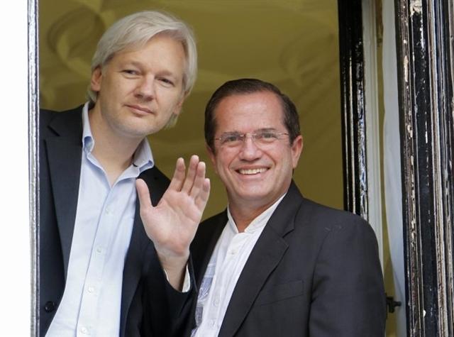 Thụy Điển sẽ thẩm vấn người sáng lập WikiLeaks tại London