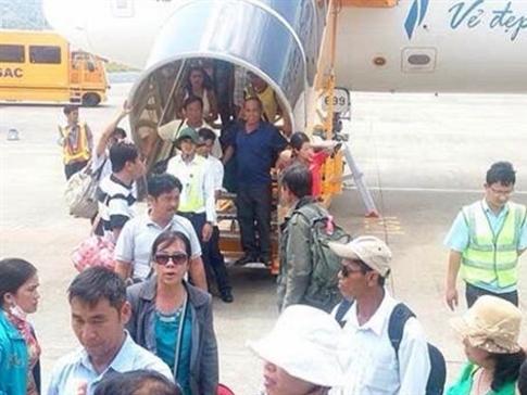 Thiếu thông tin trễ chuyến, Vietnam Airlines và Vietjet bị phạt
