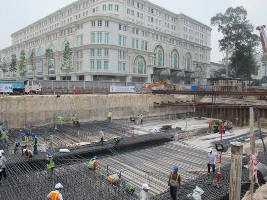 Soi tiến độ dự án metro số 1 TPHCM
