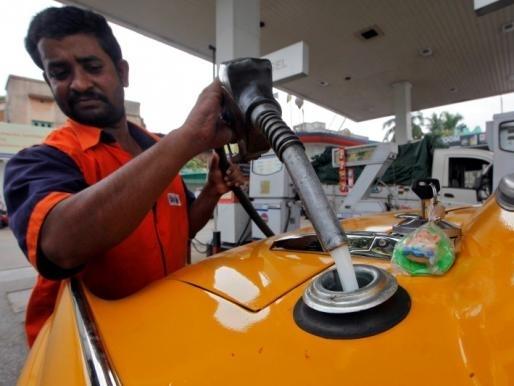 Ấn Độ lần đầu tiên nhập khẩu dầu dự trữ chiến lược