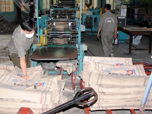 Bao bì Bỉm Sơn tạm ứng cổ tức 10% bằng tiền năm 2014