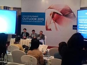 ADB dự báo kinh tế Việt Nam  tăng trưởng 6,1% trong 2015
