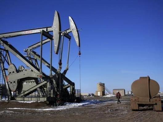 Giá dầu Brent quay đầu giảm do USD mạnh lên