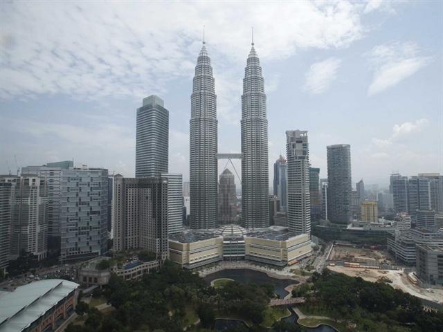 10 trung tâm tài chính tăng trưởng nhanh nhất thế giới